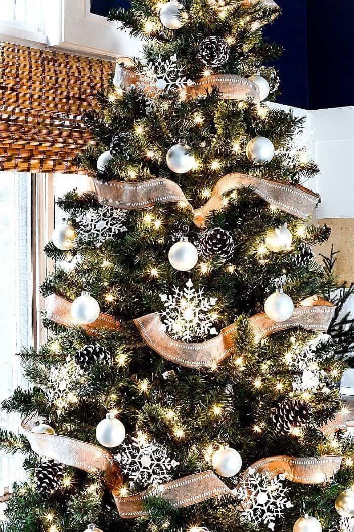 40 Christmas Tree Decorating Ideas Inspiration Brighter Craft